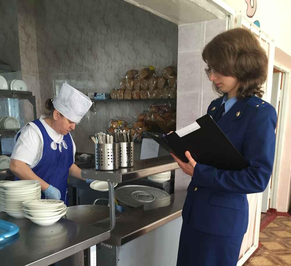 Ижевск показал пример Петербургу, по улучшению качества школьного питания